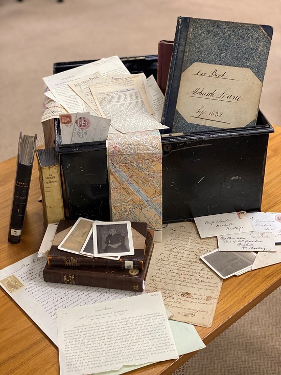 Archive collection on papers, letters and notes