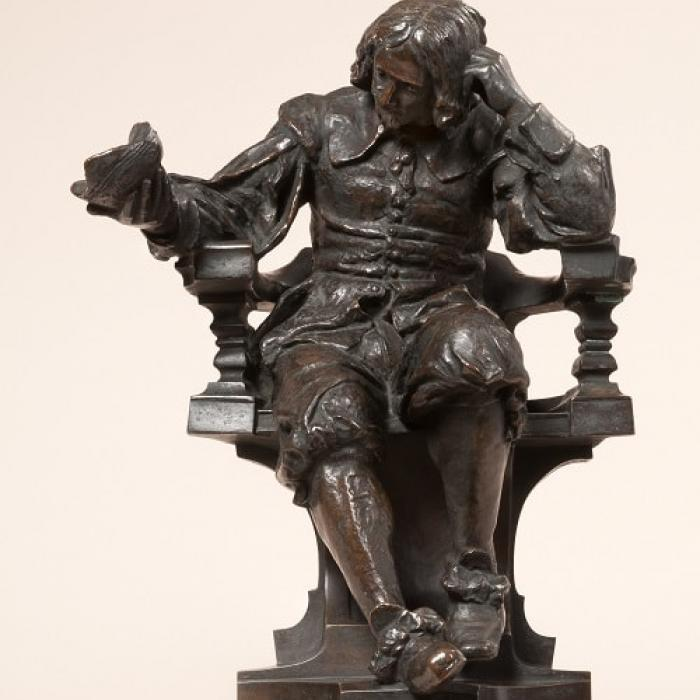 Statute of Thomas Browne